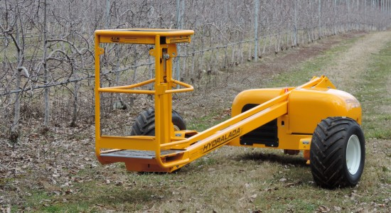 hydralada cherry picker